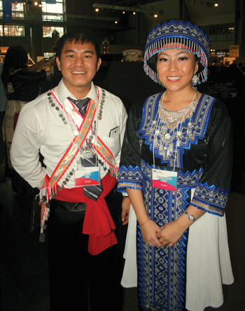 http://www.nwasianweekly.com/wp-content/uploads/2012/31_46/front_hmong2.jpeg