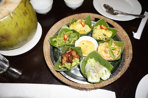 http://www.nwasianweekly.com/wp-content/uploads/2015/34_51/blog_food.JPG